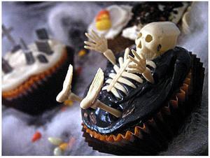 cupcake-skeleton